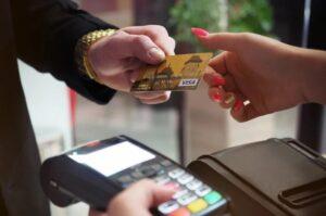 建行、邮储发文:加强信用卡交易管控